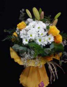 Ramo variado con rosas Ainara Floristas