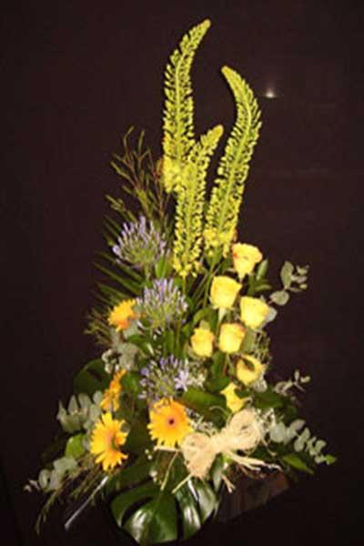 Centro flores amarillo