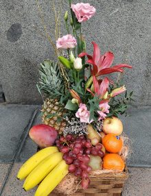 Centro frutas y flores Amaya