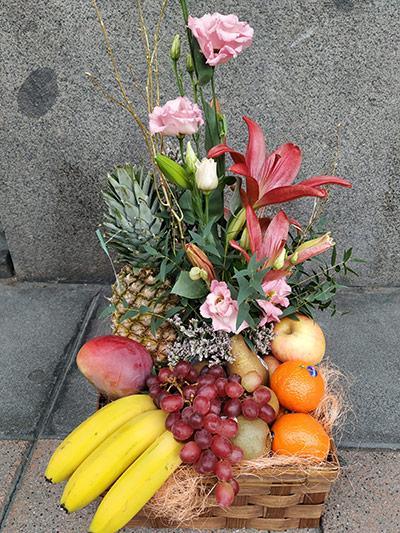 Centro frutas flor Amaya