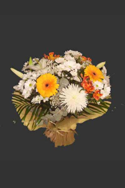 Ramo flores tonos ocres