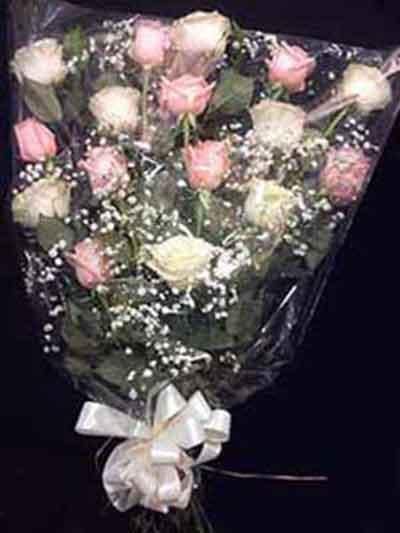 Ramo funerario blanco rosa